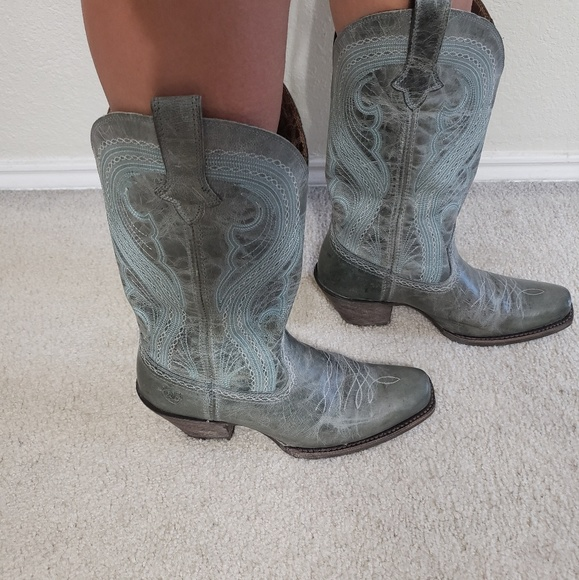 ARIAT Shoes - 🤠👢women's western boots🤠👢